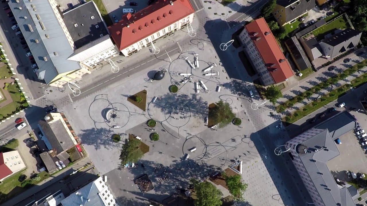 Square! Positively shrinking / Võru, Estonia