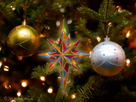 A Song and a Christmas Tree sung  Andy Williams