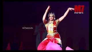 Shobhana Bharathanaatyam Performing on Ravi pillai's daughters wedding