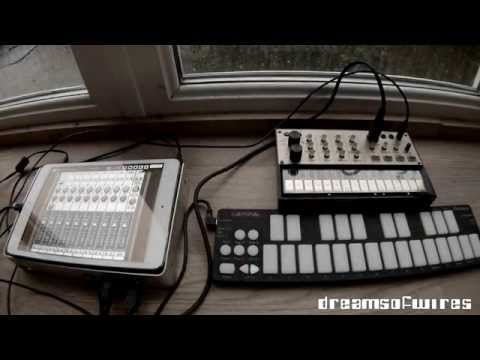 DreamsOfWires - Korg Volca Keys (minimalistic work in progress)