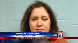 Makeshift memorial grows after car crash at Oklahoma parade