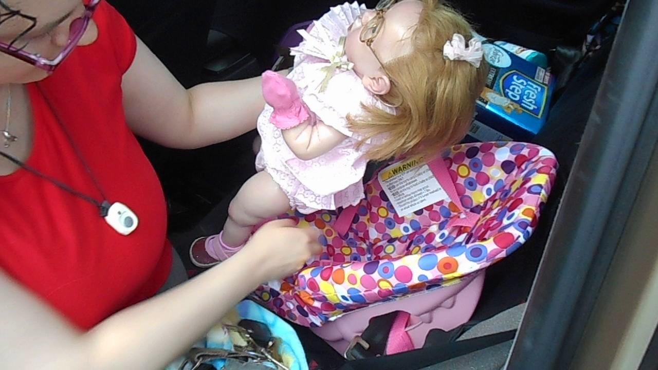 Joovy Doll Car Seat F9or Reborns