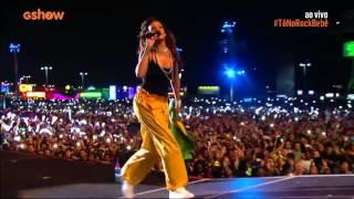 Rihanna - umbrella (live at rock in rio 2015)