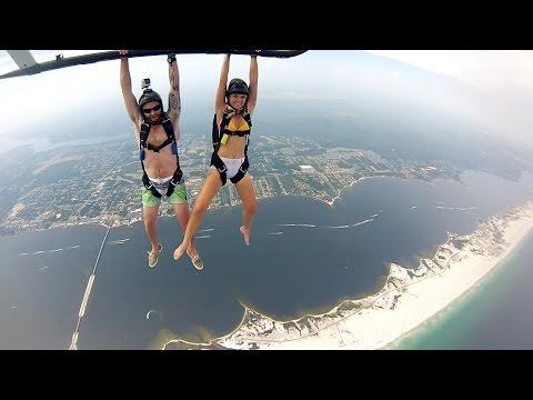 sportourism.id - Aksi-Patrick-Remington-Memacu-Adrenalin-dengan-Heli-Skydiving