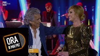 Annalisa Minetti e Toto Cutugno cantano