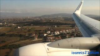 Ryanair Boeing 737-800 landing in Thessaloniki ( Makedonia) airport HD(Watch this Ryanair Boeing 737-800 making a smooth landing at Thessaloniki's Makedonia airport. Don't miss the AMAZING FULL FLIGHT with a COCKPIT ..., 2012-01-14T23:51:11.000Z)