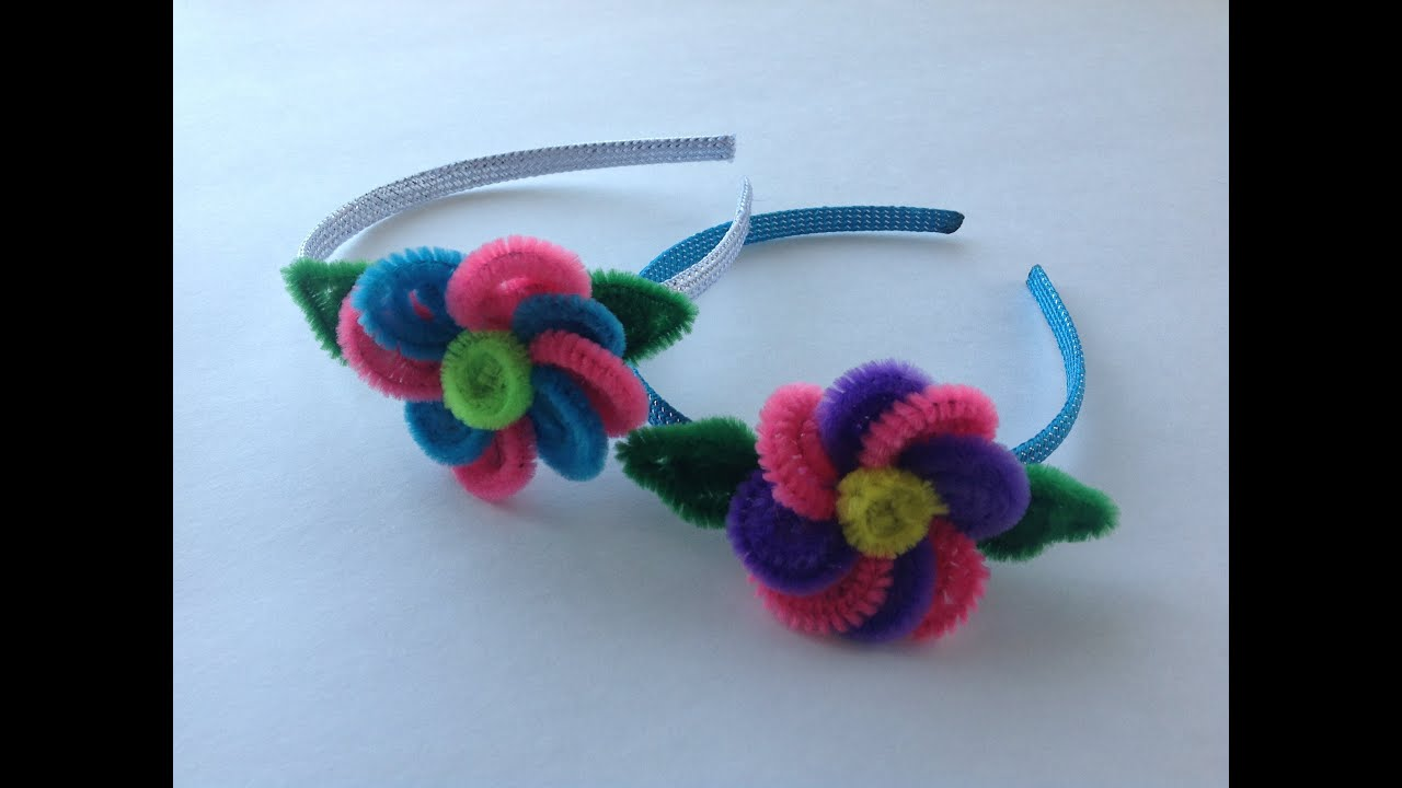 Diadema con flor hecha con limpia pipas headband with - Manualidades faciles de hacer en casa ...