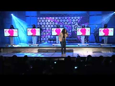 JENNIFER PEÑA AT GLO CONFERENCE NEW SONG - Strip Me.flv