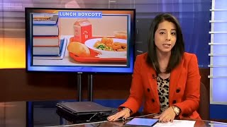 • Wisconsin Students Boycott Michelle Obama's School Lunch • 11/13/14 •