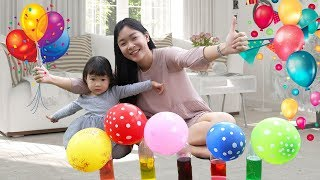 Learn Colors with Balloons | How to Blow up a Balloon with Vinegar and Baking Soda