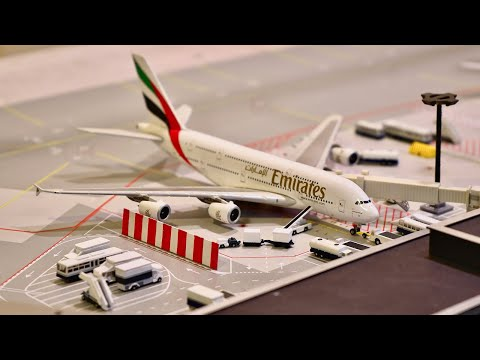 Download 1:400 Scale Model Airport Stopmotion Movie — Part 2