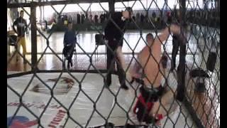 У Чернівцях відбулися змагання з фрі-файту у розділі ММА у восьмиграннику