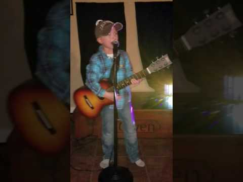 Fast  Luke Bryan sang  6 year old Owen He loves Luke and Country music