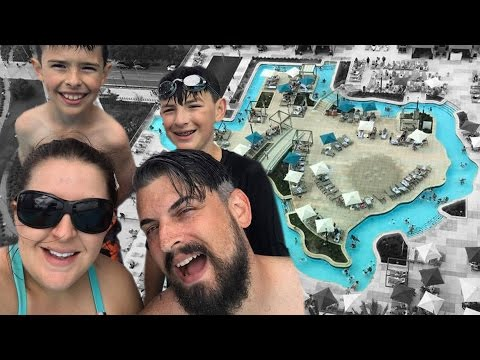 TEXAS SHAPED LAZY RIVER AND DOWNTOWN AQUARIUM | ERIKTV365