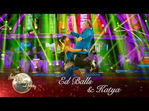 Ed Balls & Katya Jones Salsa to 'Gangnam Style' by Psy - Strictly Come Dancing 2016: Week 8