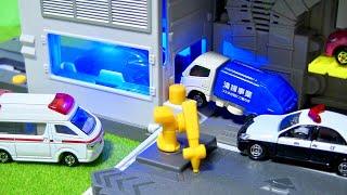 はたらくくるま おもちゃアニメ 救急車がみんなを変身させてくれるよ⭐️アンパンマン ディズニー カーズ 連続再生