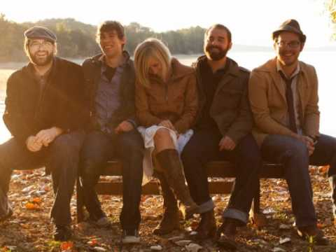 Drew Holcomb and The Neighbors- Hung the Moon