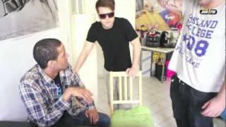 Repeat youtube video 93,6 JAM FM LADYBOIZ - Episode 9 - Die Offenbarung *Real Life Doku Soap*