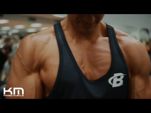 Fitness Motivation | Training Chest And Abs With Lee Constantinou