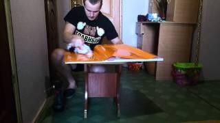 видео Клеем виниловые обои - технология оклейки стен - Мир ремонта