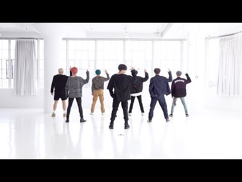 Cover Lagu [CHOREOGRAPHY] BTS (방탄소년단) '작은 것들을 위한 시 (Boy With Luv)' Dance Practice stafamp3