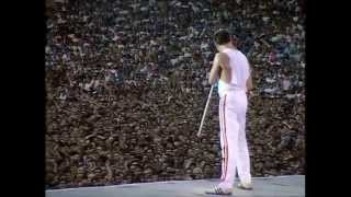 Queen - Another One Bites The Dust (Live at Wembley