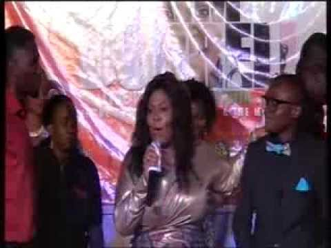 African Music Minister's Conference 2013 - Kim Burrell & Mr Odunayo Aboderin (@ Worship Concert)