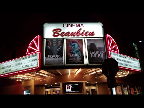 Cinéma Beaubien : A Gorgeous Old Movie Theatre Frozen In Time