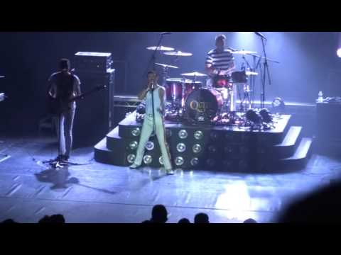 One Night Of Queen - Bicycle Race - Lyon Bourse du Travail 16.10.2015