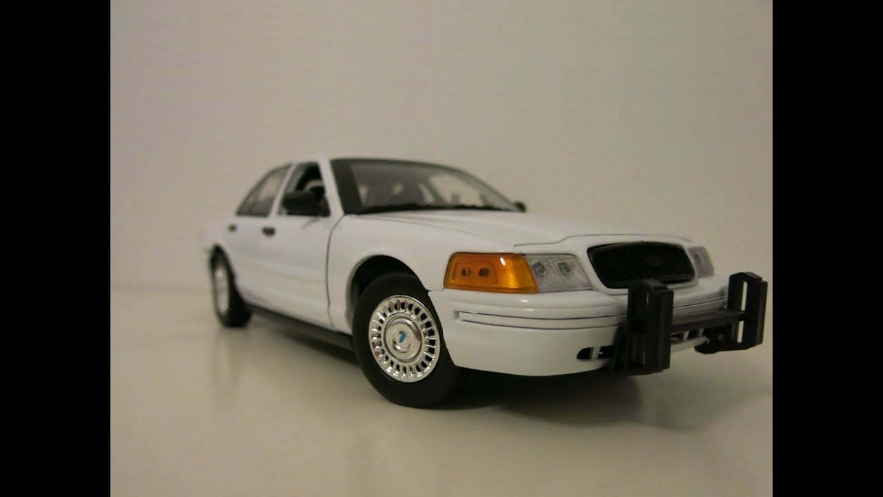 Ford crown victoria 1 18 unmarked