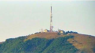 Гора Машук. Вид Пятигорска и его окрестностей с вершины горы(Достопримечательность Пятигорска.Гора Машу́к — является останцовой магматической горой (гора-лакколит)..., 2014-08-22T18:40:03.000Z)