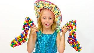 Gambar cover Настя играет в продавца сладких туфлей
