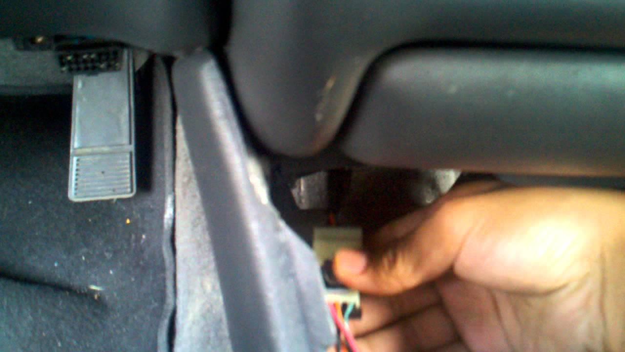 grand prix key stuck in ignition fix part 1 [ 1280 x 720 Pixel ]