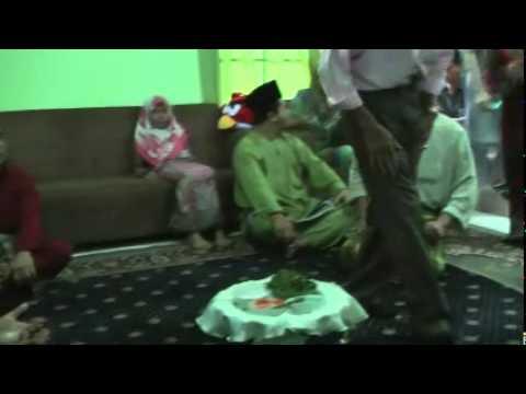 Convert to Islam ceremony.MP4