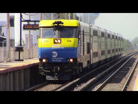 LIRR: A Broiling Summer Friday Rush Hour at Bethpage Feat. TC82 Geometry Car
