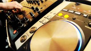 DEEP SOULFUL HOUSE 80 MIN MIX - OCT 2011