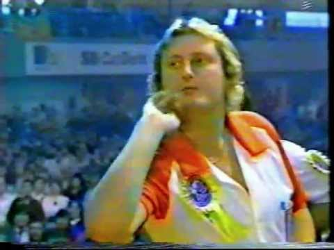 Eric Bristow vs Jocky Wilson (The Kick Match) 1983 World Cup Singles Final Part 1