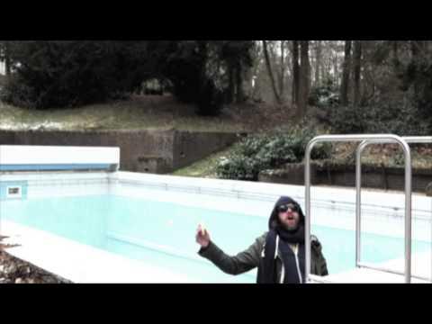Stuurbaard Bakkebaard (OFFICIAL VIDEO IDUHICBDBIAM) from the album BOYS DO CRY 2013