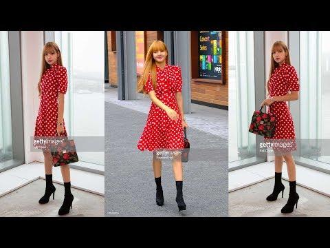BLACKPINK Lisa Attends Michael Kors Fashion Show New York Fashion Week SS19