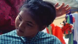 【沖縄県多良間村】首里王朝時代の遺跡の多良間島の中学生。島最大の伝統行事豊年祭での若衆踊りに、「忠臣仲宗根豊見親組」の美女役に活躍する