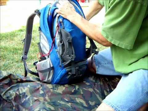 76704935e Packing the Deuter Trans Alpine 30 - YouTube