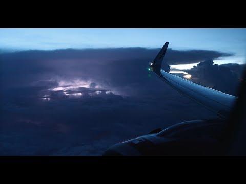 [Flight Experience] AVIANCA   Toronto → El Salvador   Airbus A320neo   Business Class   Seat 3K
