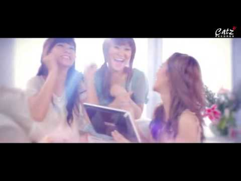 Adel Teenebelle @ Cherrybelle - Love Is You MV