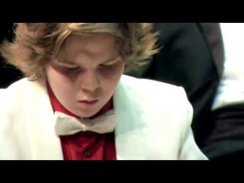 Michael Andreas plays Liszt's Hungarian Rhapsody No. 2