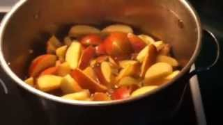 Making homemade apple jelly