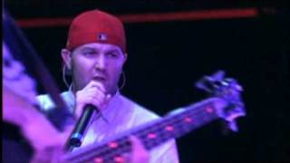 Limp Bizkit - Take A Look Around Live 2001