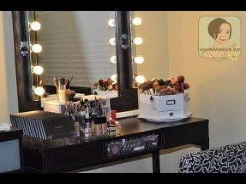 Makeup Vanity Set With Lighted Mirror Youtube