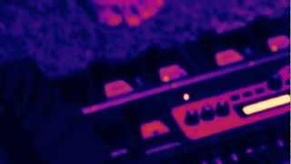 "Live Looping ""Mendaki Gunung Berapi"" THE DAMAGED DONE / Rc 300 / Tc Helicon/ Kaos Pad 3"