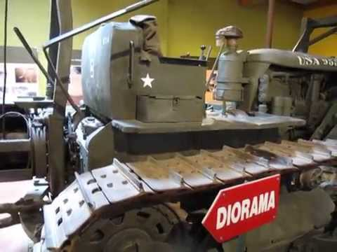 Monster Bulldozer Caterpillar D7 / Army