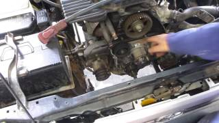vuclip How to replace a timing belt for a Toyota Hulix 5L & 3L